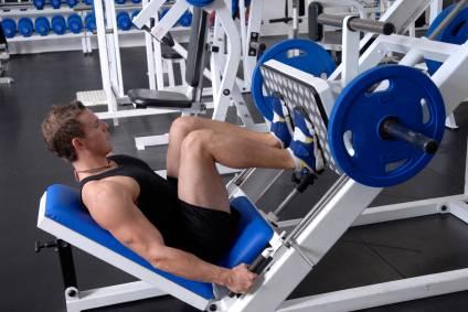 Man Leg Press